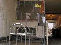 Der Eingangsbereich noch wild und deswegen hinter Gittern
